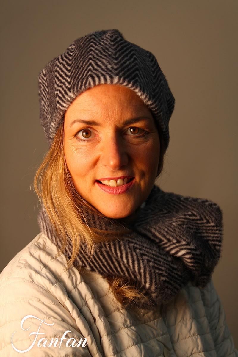 Designer Bonnet Gris
