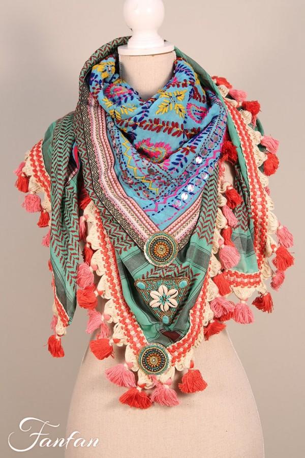 Izuskan Grand foulard brodé main avec broche WL2039 Smaragd